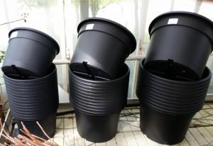 Brugte plast urtepotter store